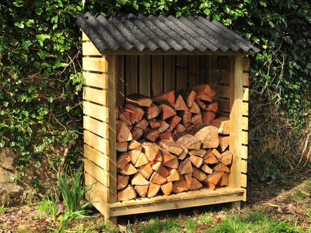 Woodkind Make Log Stores In Glasgow